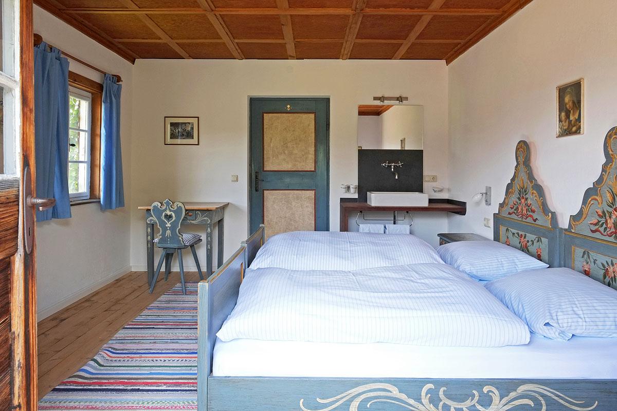 Romantisches Schlafzimmer in unserer Balkonwohnung